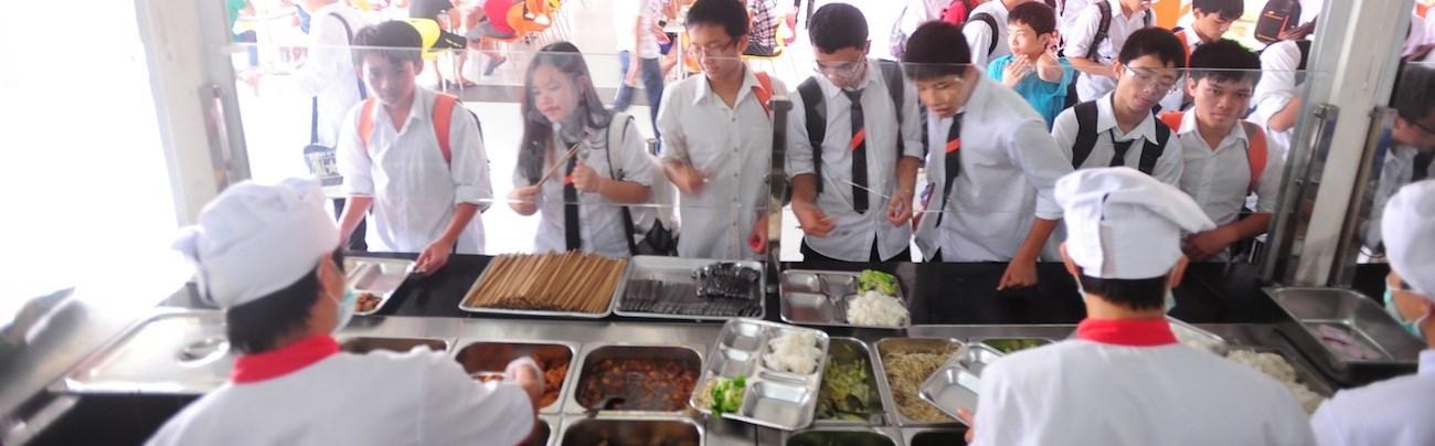 kinh doanh quán ăn gần trường học